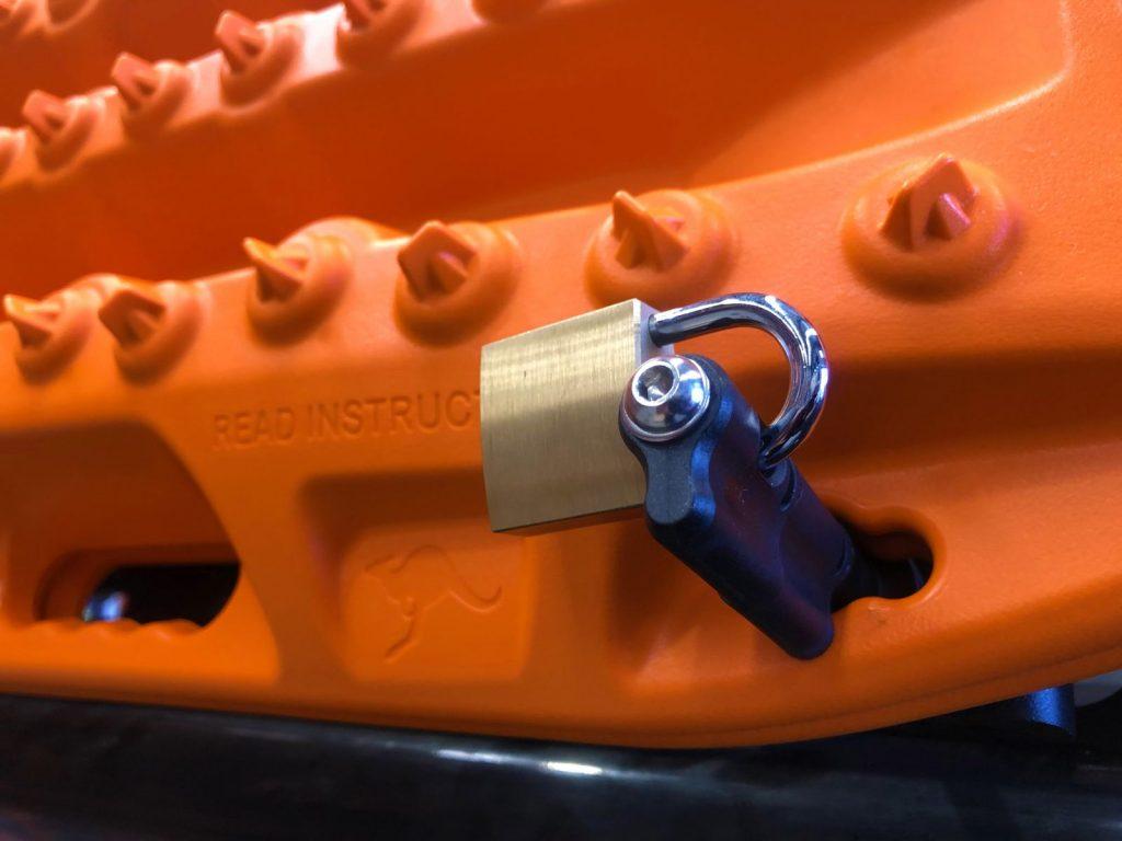 Maxtrax Mounting Pin Padlock(1)